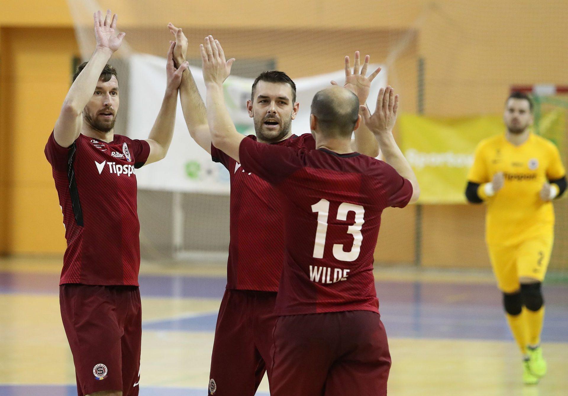 Sparta jde do čela tabulky, Plzeň porazila 6:2